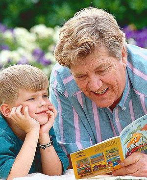 Abuelos  y nietos más unidos.