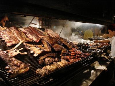 La carne quemada eleva el riesgo de cáncer pancreático